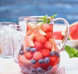 Eau infusée de melon d'eau
