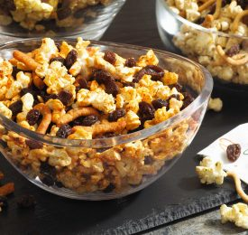 Diabetes-Friendly Curried Popcorn Mix