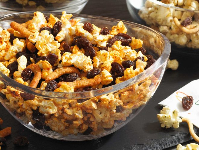 Diabetes-Friendly Curried Popcorn Mix