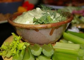 Creamy Garlic Dill Dip