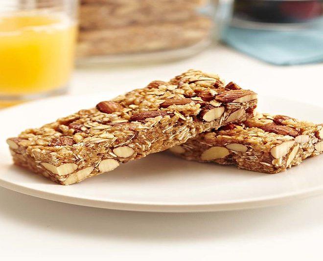 Sweet & Salty Almond Breakfast Bars